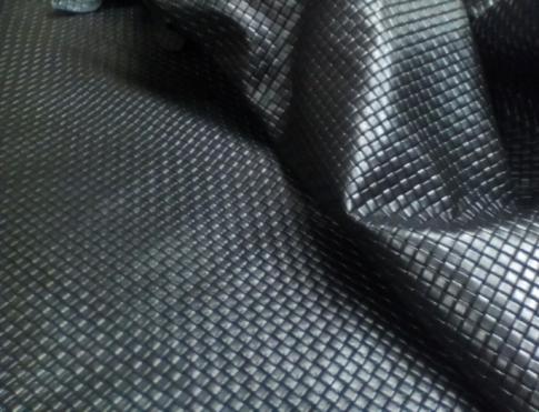 Галантерейная кожа КРС с плитой ( плетенка черная)