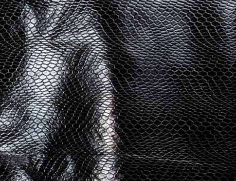 Галантерейная кожа LAZER SNAYK ( на черном метисе)