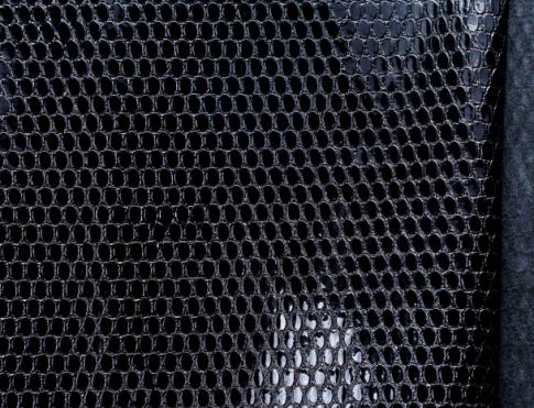 Галантерейная кожа Лак змея черный