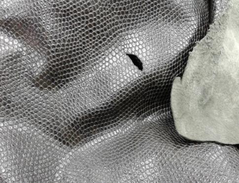 Одежная кожа ОР 13 черная рептилия