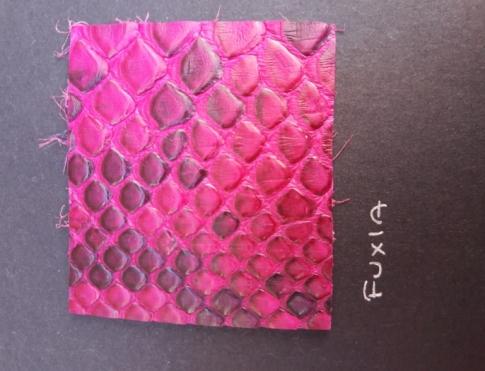 Экзотическая кожа Питон (Fuxia)