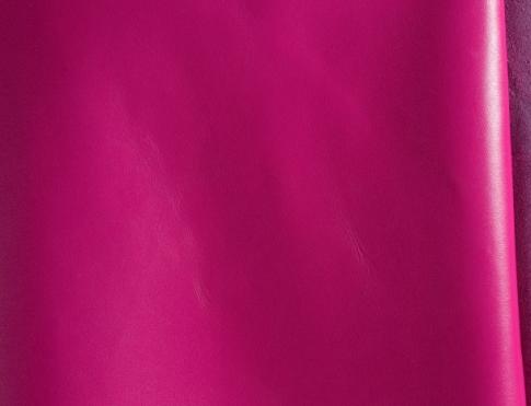Галантерейная кожа М 025 фуксия